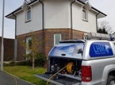 lhm-domestic-window-cleaning